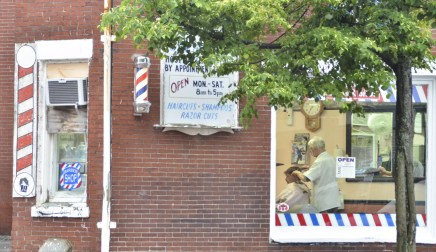 Eating in Portland, Maine: The Barbershop