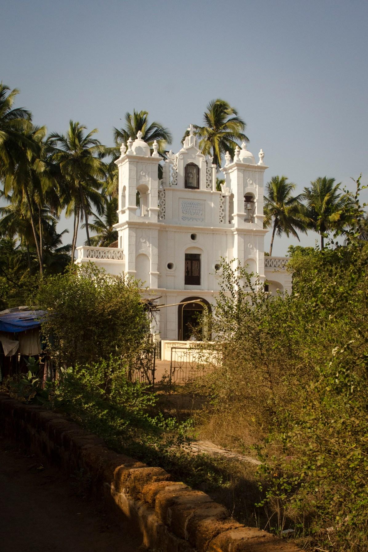 Goa Travel Blog Beach: It's a Catholic Part of India! Where to stay in Goa