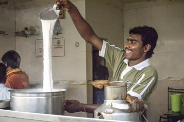 Things to do in Chennai: Hot milk for pulled tea and pulled sock coffee in Chennai