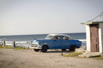 Varadero Excursions: The Caribbean and old cars