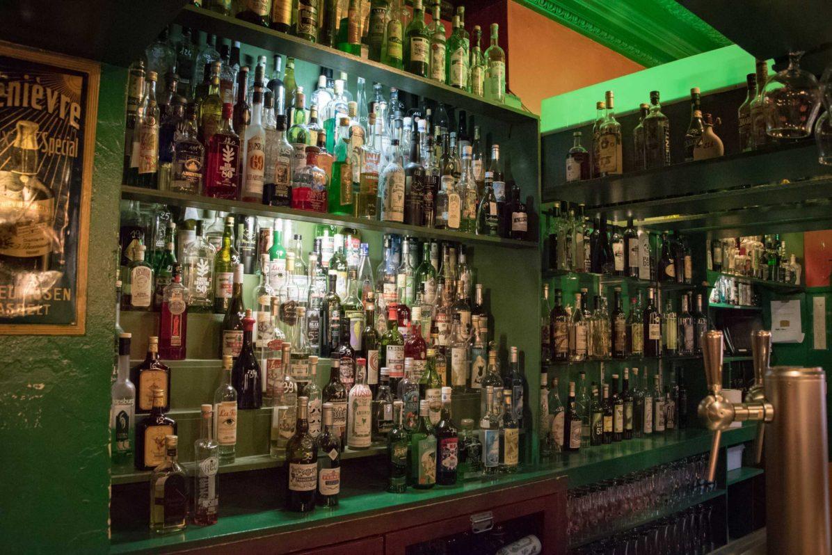Delirium Café, bar à bière à Bruxelles: Le Floris Bar et ses absinthes