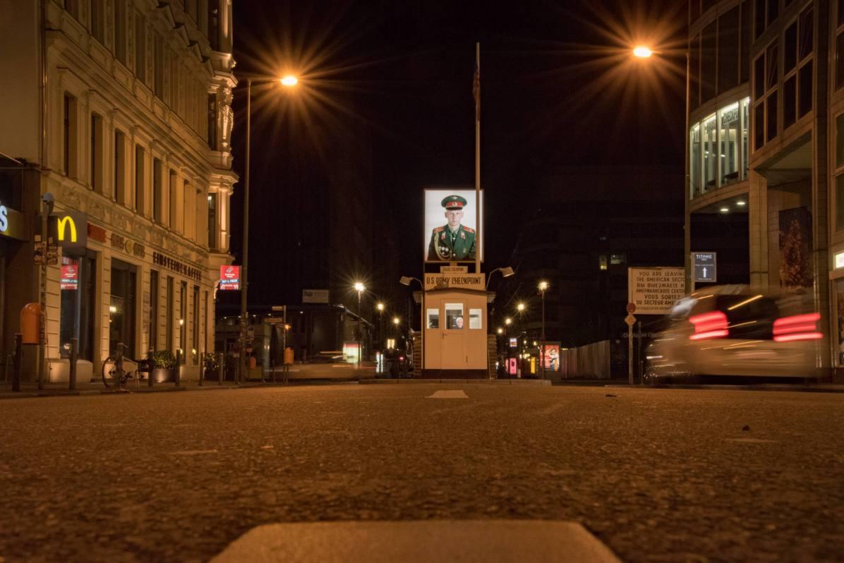 Pays les plus visités - Allemagne. Ici, Checkpoint Charlie, à Berlin. - Photo © Cedric Lizotte