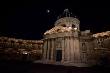 Guide To Paris' Neighborhoods: L'Institut de France - Things to do in Paris