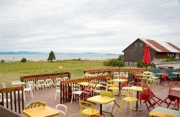 Roadtrip dans le Bas-St-Laurent: La terrasse de la microbrasserie Tête d'Alumette