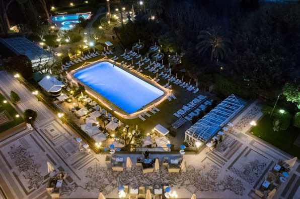 La Pergola, Rome - La piscine, vue du balcon de la Pergola