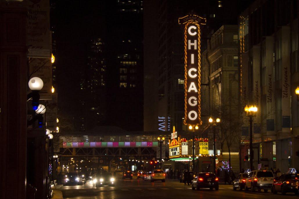 Chicago Travel Blog - Chicago Theater