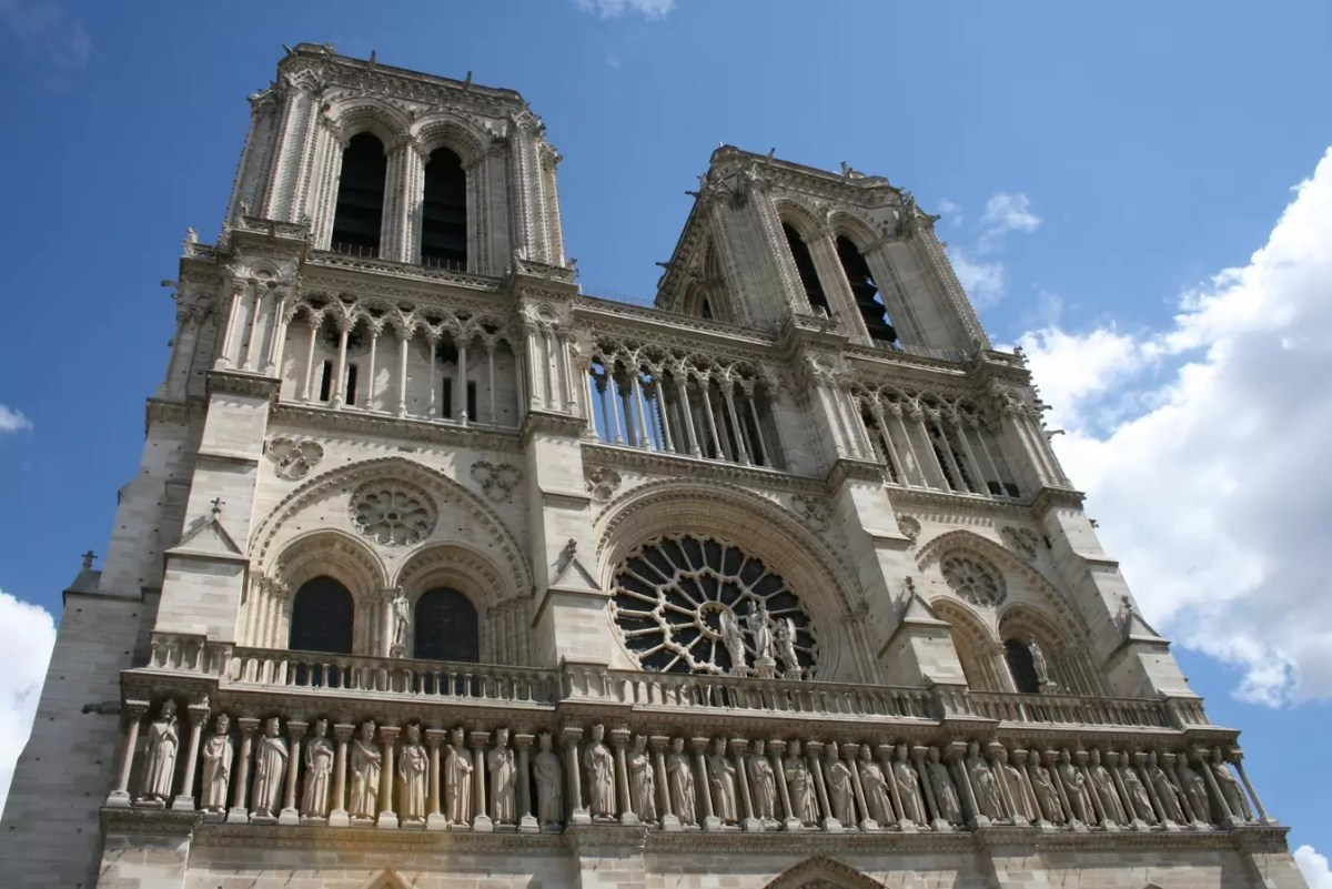 historical sites in Paris - Notre Dame Paris - CC0 / Public Domain