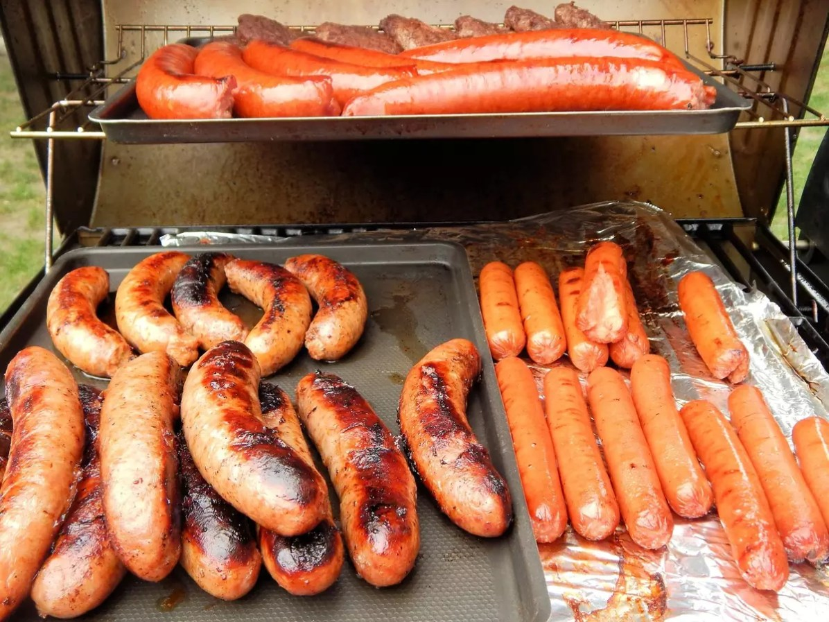 Vienna loves its sausages! - CC0 / Public Domain - Things to do in Vienna