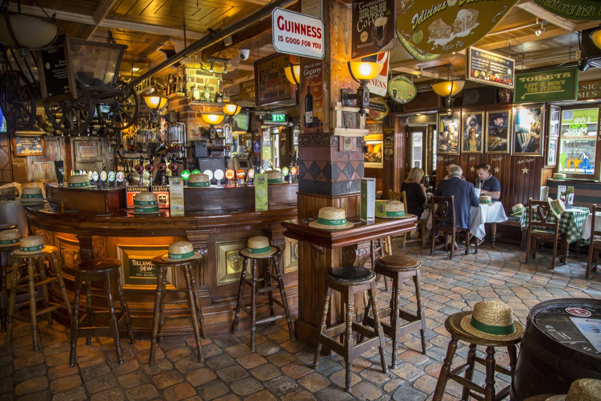 Irish drinks - pub in Dublin