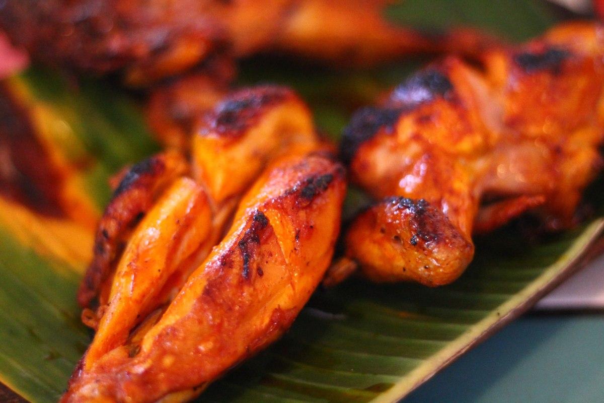 Andrew Zimmern Delicious Destinations Manila - Chicken Inasal