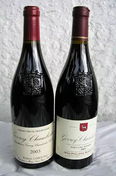 Anthony Bourdain Burgundy - Bottles of Burgundy Wine - photo by Limegreen at English Wikipedia under CC BY-SA 3.0