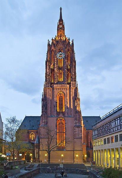 Frankfurt Cathedral at night - photo by Pedelecs under CC-BY-SA-3.0