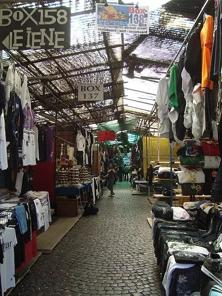 best shopping in rome - Mercato di Via Sannio - photo by LPLT under CC-BY-SA-3.0