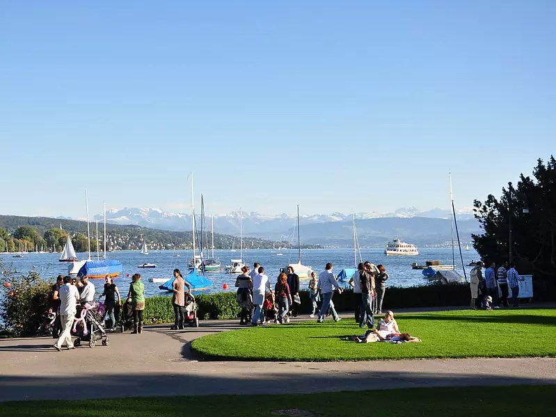 free things to do in Zurich - View from the Arboretum in Zürich-Enge - photo by Roland zh under CC-BY-SA-3.0