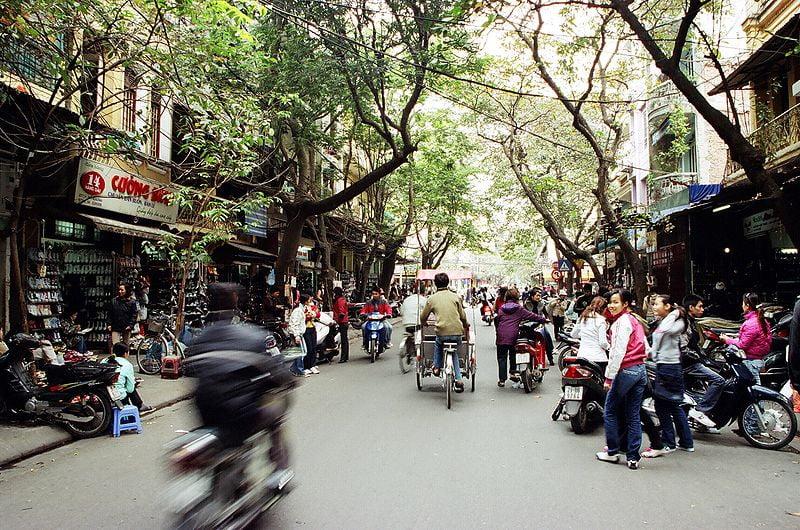 Hàng Dầu Street - photo by sputnikrent under CC-BY-2.0