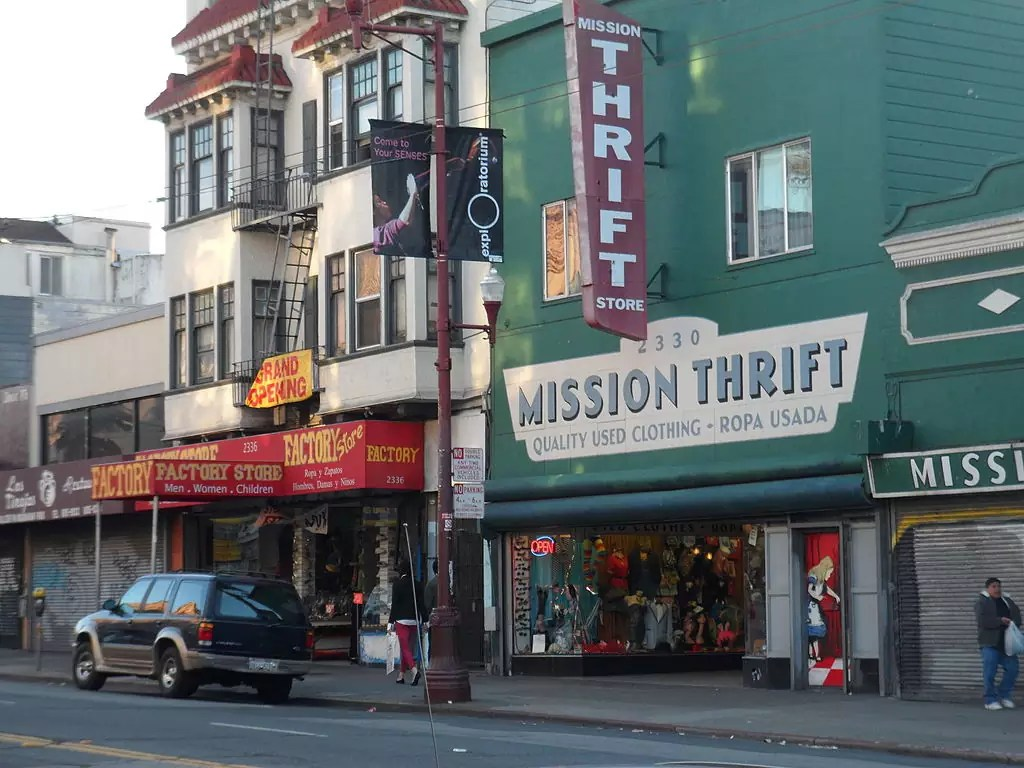 best shopping in San Francisco - Mission Thrift in San Francisco - photo by JCruzTheTruth under CC-BY-SA-4.0