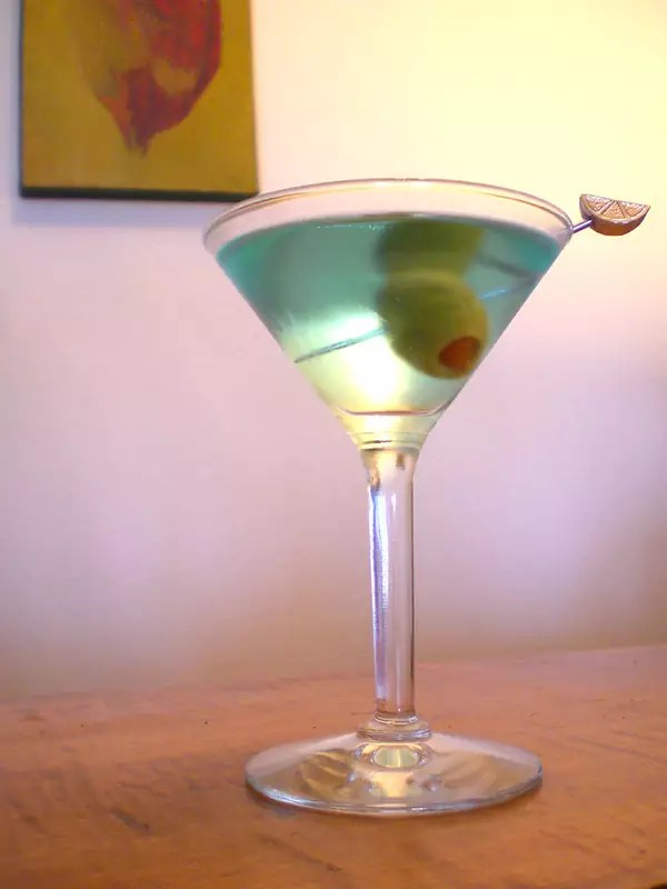 Anthony Bourdain Rajasthan - Bombay Sapphire Martini - photo by Chris Palmer under CC BY-SA 2.0