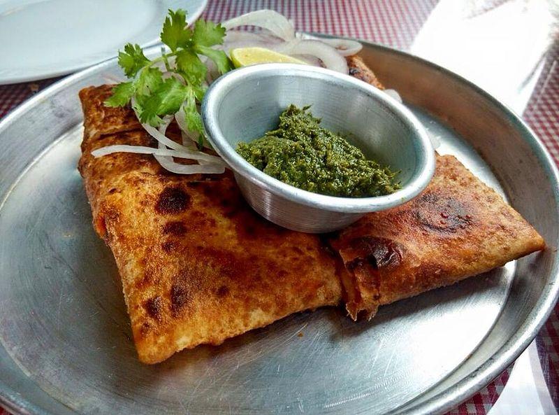 Chicken Baida Roti - photo by MaharajaMandy under CC-BY-SA-4.0