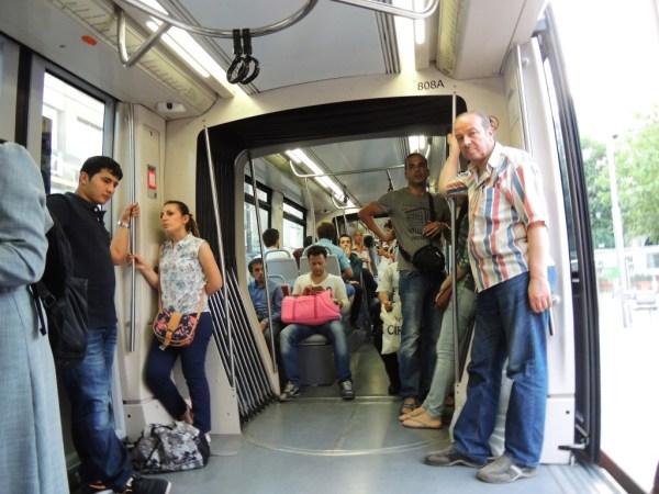 Por dentro do tram