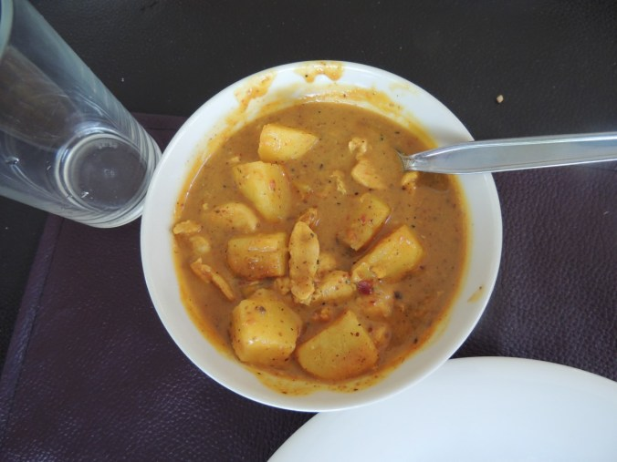 Curry de frango que eu mesma fiz