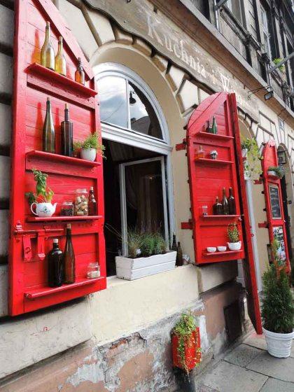 Alegria nas fachadas de Kazimierz
