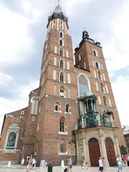 Basílica da Virgem Maria em Cracóvia