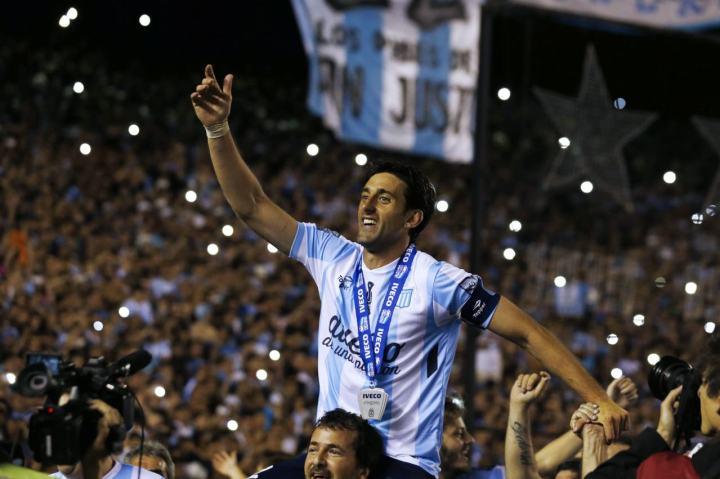 Diego Milito al Racing Club de Avellaneda | Numerosette Magazine