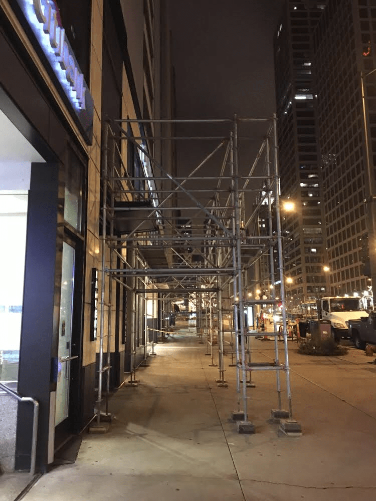 535 N. Michigan scaffold 1