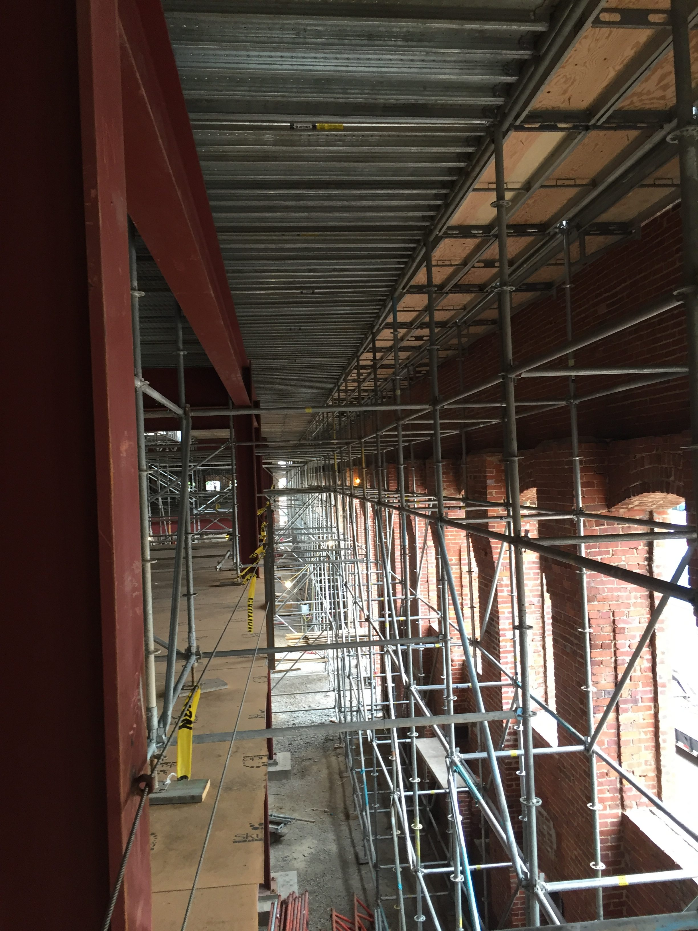 Powell Ave Scaffold 3