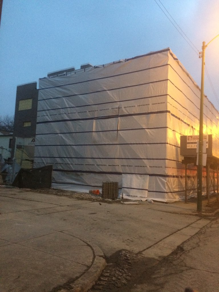 1605 W Ohio St winter enclosure scaffold 1