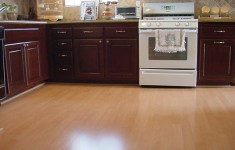 of the Best Laminate Flooring Kitchen That Will Give You Amazing Ideas