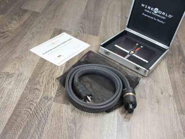 Wireworld Platinum Electra highend audio power cable 1,5 metre 11