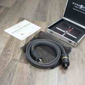 Wireworld Platinum Electra highend audio power cable 1,5 metre 11