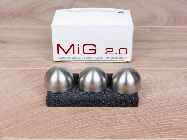 Synergistic Research MiG 20 Mechanical Interface Grounding audio isolation feet set of 3 1
