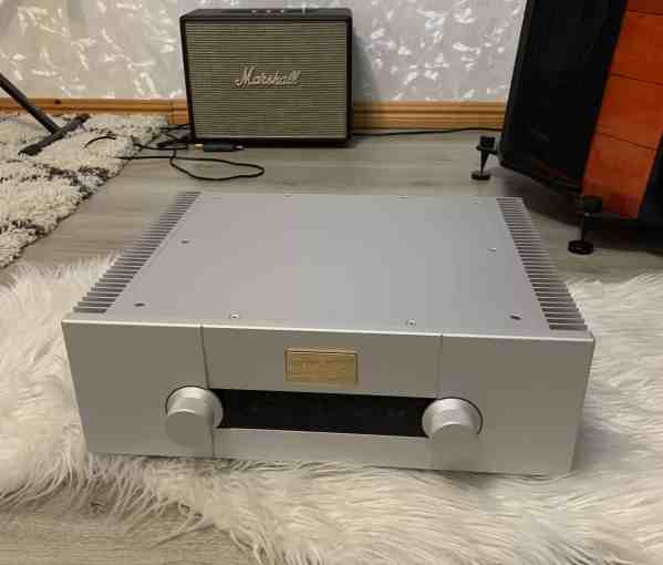 Goldmund Telos 590 Nextgen II highend integrated amplifier 1