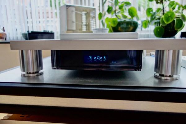 Ypsilon CDT 100 highend audio CD transport CD-Player 1