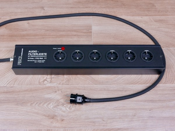 Fisch Audiotechnik AFL audio power filter distributor with 6 schuko outlets 1
