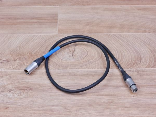 Tellurium Q Black digital audio interconnect XLR 1,0 metre 11
