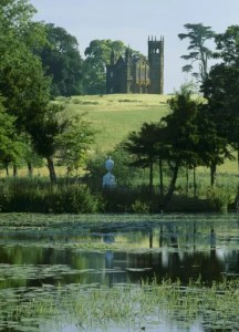 Stowe in summer (Photo ©NTPL Andrew Butler)