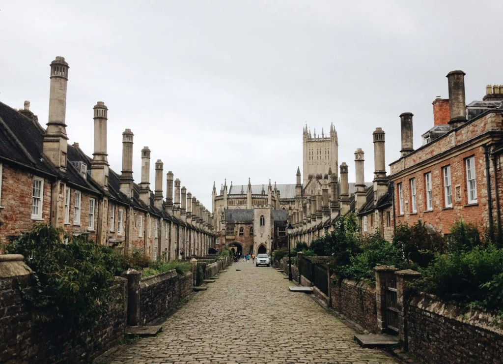 Vicars' Close image by Amber Maxwell Boydell/Unsplash