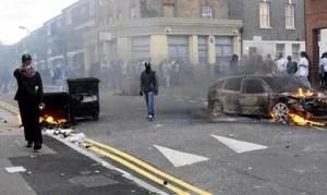 Riots-Hackney-007