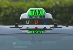 Taxi parisien (Crédits : Taxidriving, creative Commons)