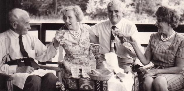 Ludwig von Mises et Bettina Bien Greaves.