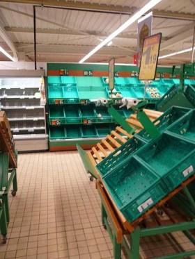 supermarché vide Licence Creative Commons crédits zevillage