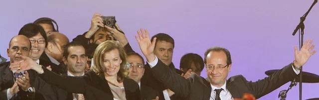 François Hollande et Valérie Trierweiler CC Flickr Mathieu Delmestre Parti Socialiste