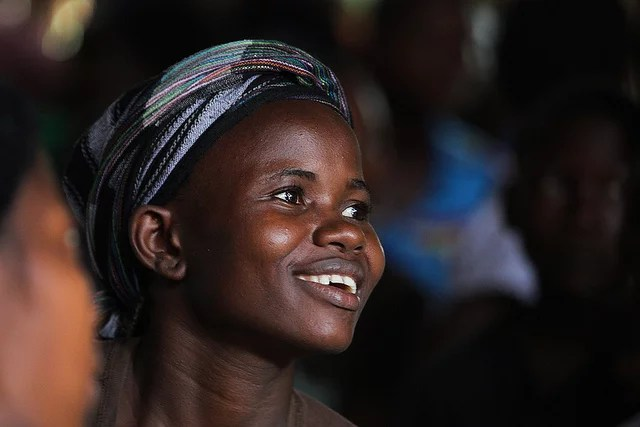 femme afrique credits steve evans (licence creative commons)