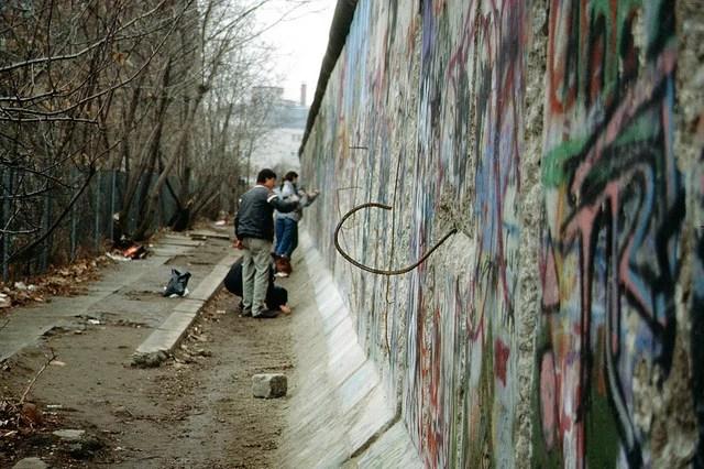 Chute du Mur de Berlin CC Flickr Raphaël Thiémard