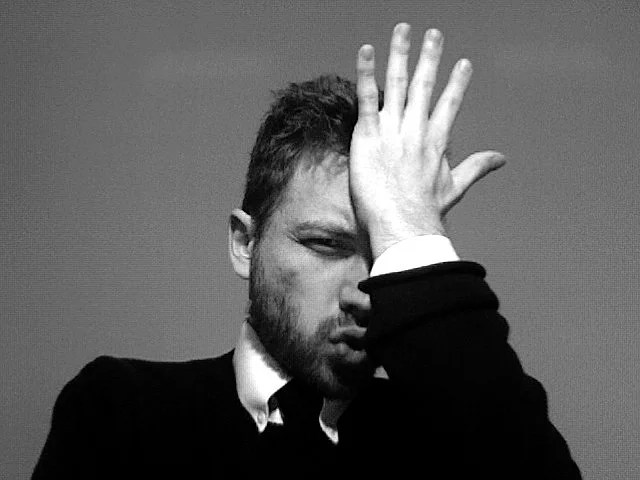 facepalm credits Hobvias Sudoneighm (licence creative commons)
