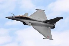 Rafale (2) credits Airwolfhound (licence creative commons)