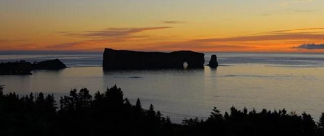 Le rocher percé canada credits Airflore (CC BY-NC-ND 2.0)